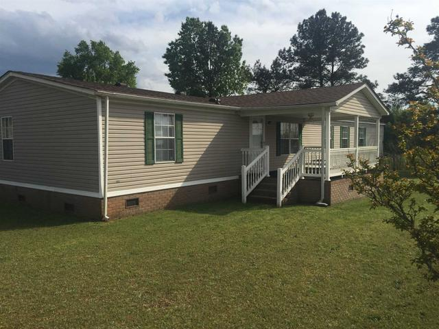 92 Old Higgins Ferry Rd, Silverstreet, SC 29145