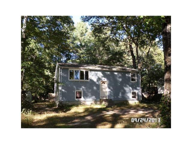 36 Lake View Cir, Chepachet, RI 02814