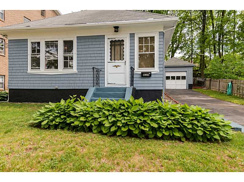 1639 Smith St, North Providence, RI