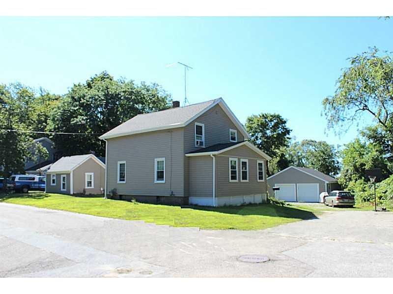 84 Lake Ave, Barrington, RI
