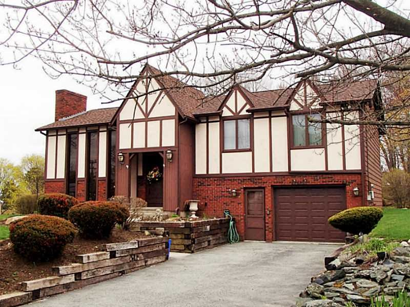 1740 Plainfield Pike, Cranston, RI
