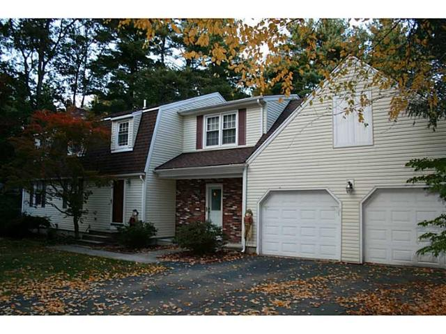 89 Mapleville Rd, Greenville RI 02828