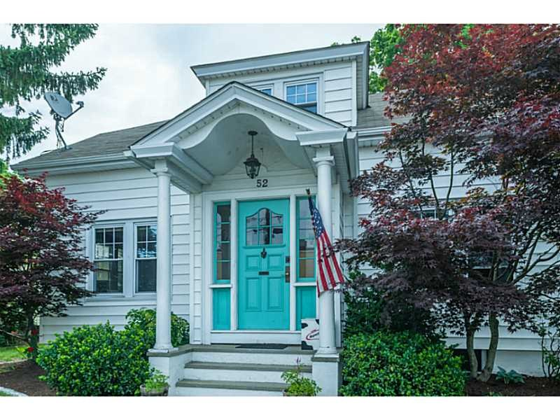 52 Upland Ave, East Greenwich, RI