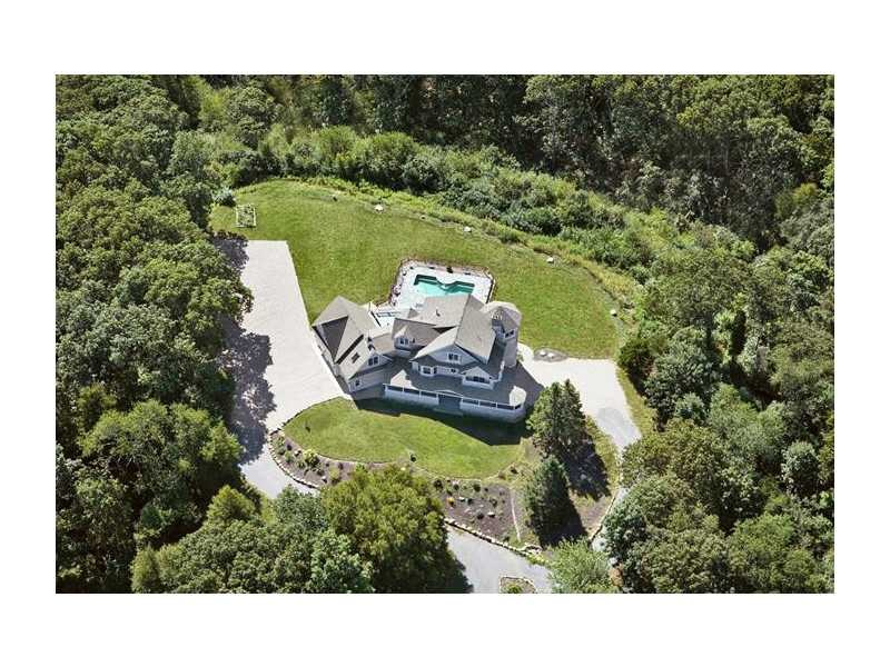 41 Happy Valley Rd, Westerly, RI
