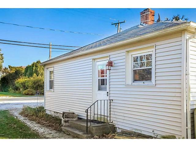10 Conch Rd, Narragansett RI 02882