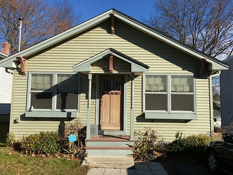 61 Clifden Ave, Cranston, RI
