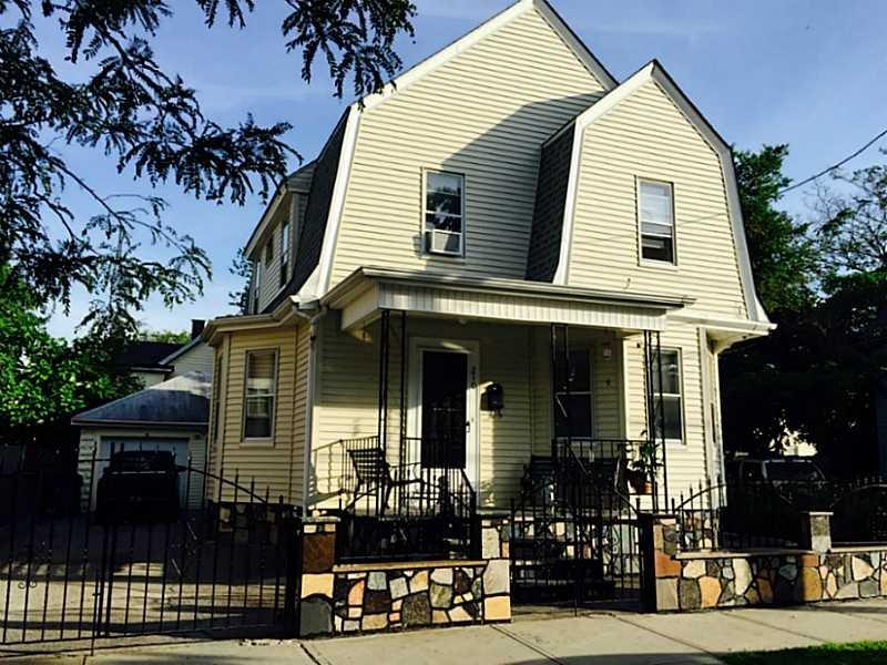 210 Indiana Ave, Providence, RI