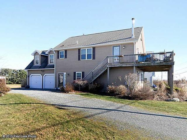 1378 Ocean Rd, Narragansett RI 02882