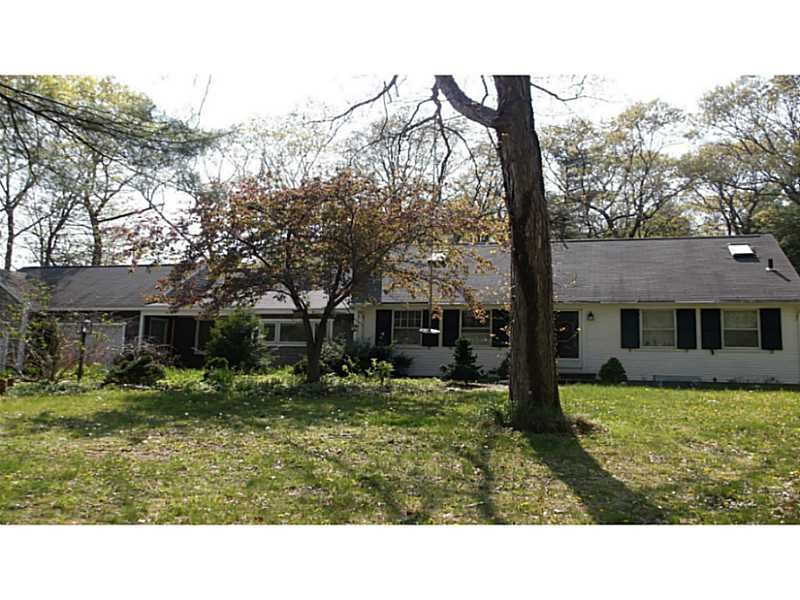 385 Moosehorn Rd, East Greenwich, RI