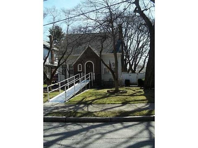 143 Paine Ave, Cranston, RI