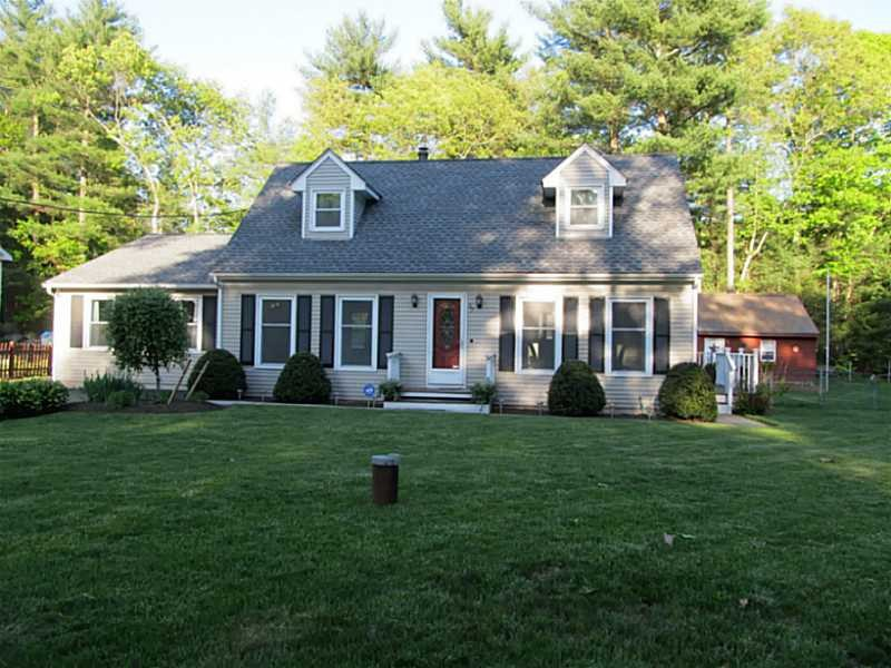 57 Cherry Valley Rd, Chepachet, RI