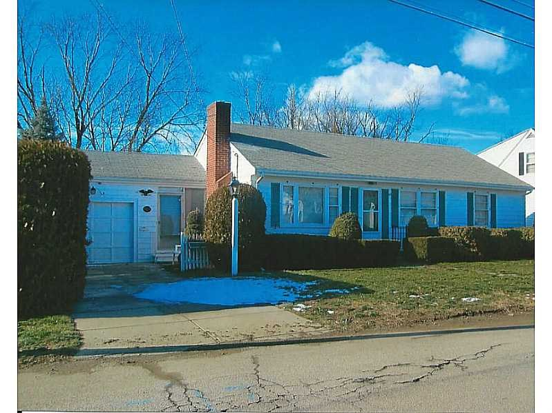 391 Dover Ave, East Providence, RI