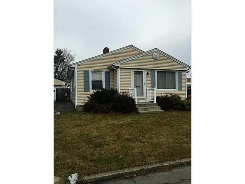 122 Fuller St, Pawtucket, RI