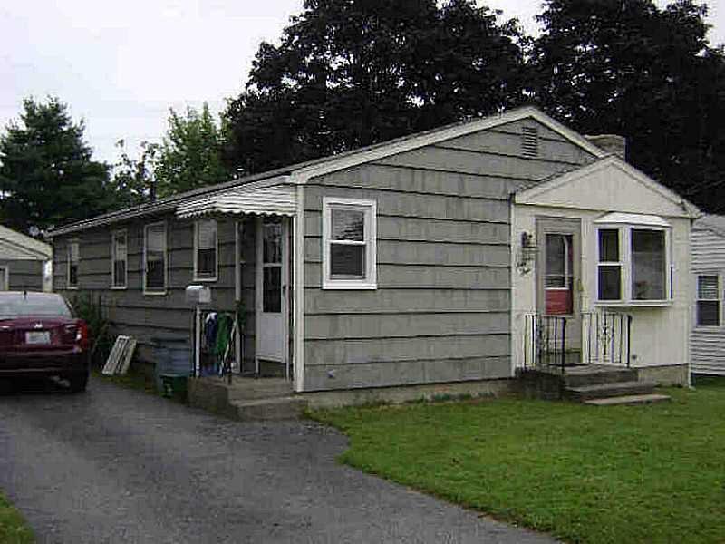 63 Atwood Ave, Pawtucket, RI