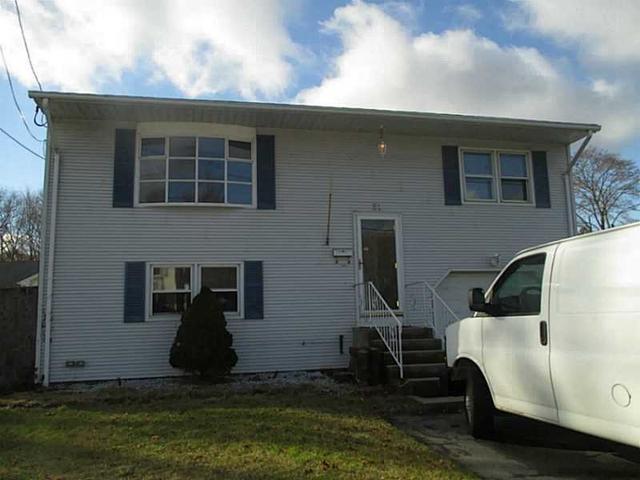 51 Perkins Ave, Cranston RI 02910