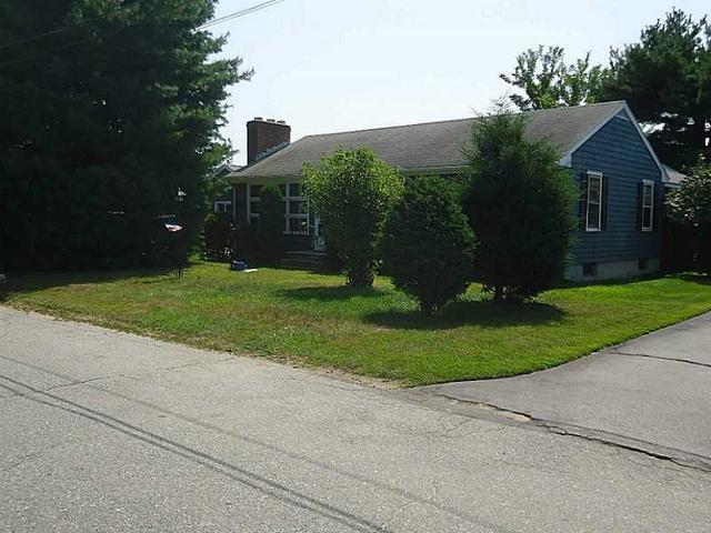 16 Webber Ave, Cranston RI 02920