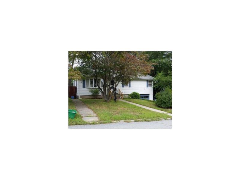 11 Chestnut St, Johnston, RI