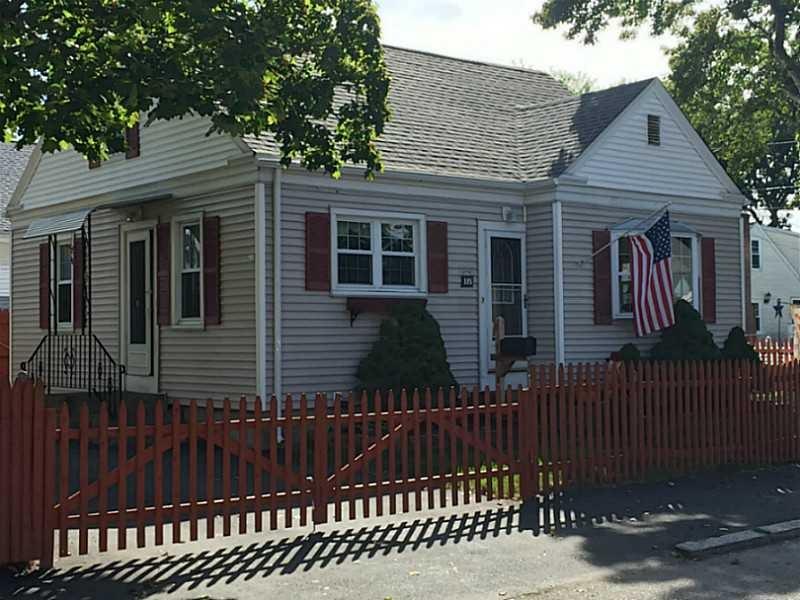 185 Perrin Ave, Pawtucket, RI