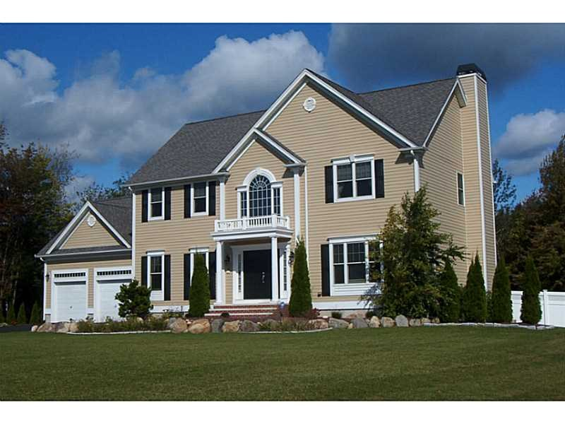 10 A Duval St, Rehoboth, MA