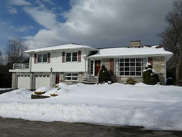 15 Rosewood Dr, Providence RI 02904