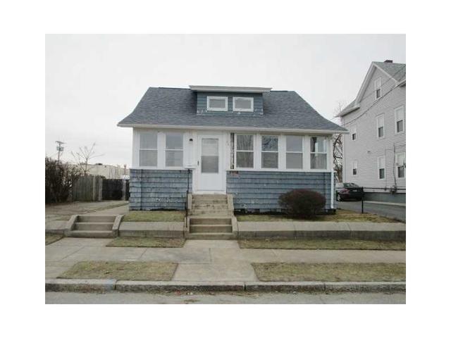 261 Doric Ave, Cranston, RI
