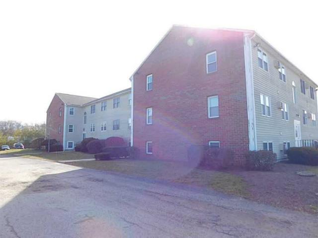 641 R South Washington St #APT 17, North Attleboro, MA