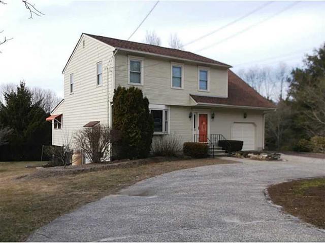 52 Pleasant View Ave, Greenville RI 02828