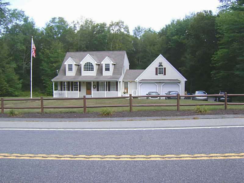 1499 Snake Hill Rd, North Scituate, RI