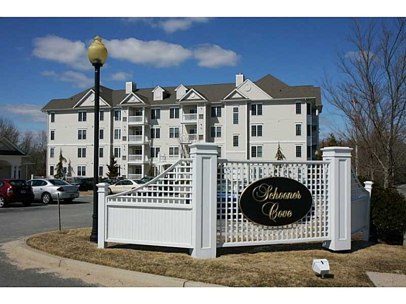 1481 Phillips Rd #APT 1406, New Bedford, MA