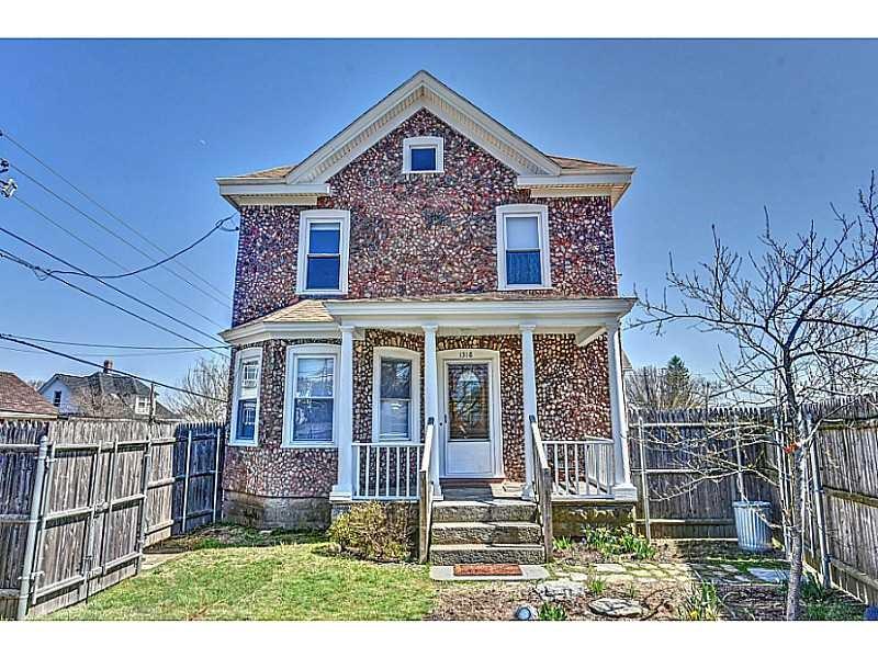 1318 Smith St, Providence, RI