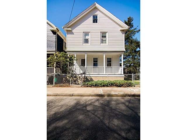 459 Spring St, Newport RI 02840