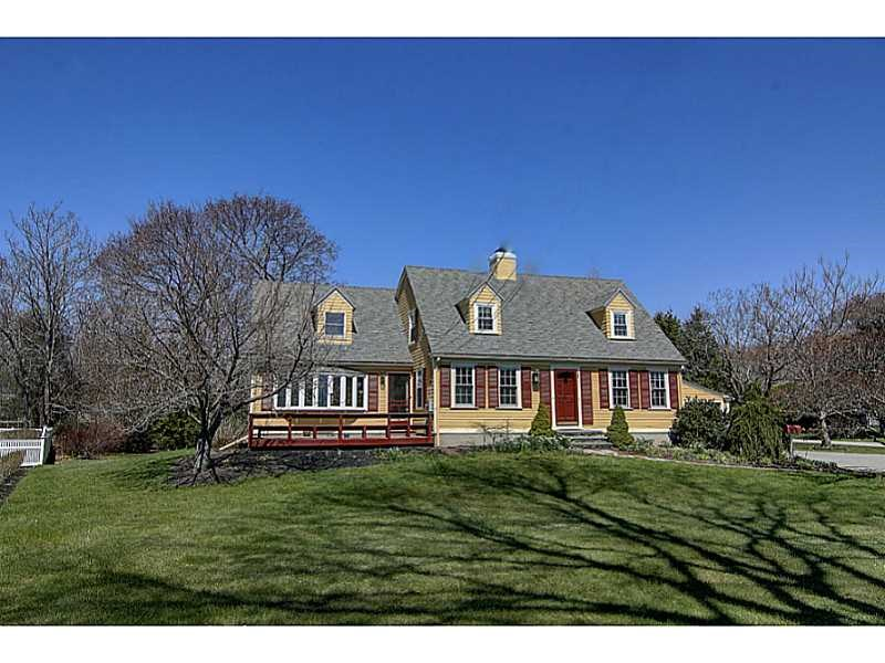 95 New Meadow Rd, Barrington, RI
