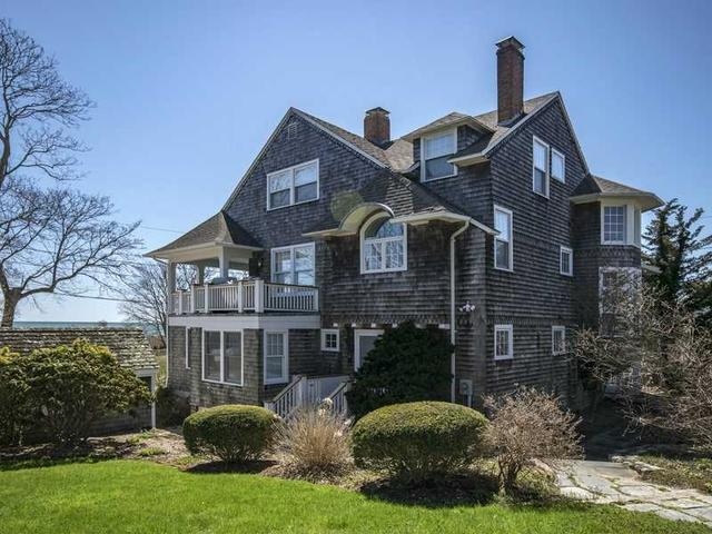2 Niantic Ave, Westerly RI 02891