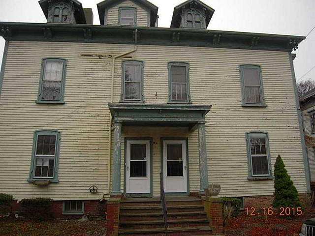 24 26 Mount Vernon St, Newport RI 02840