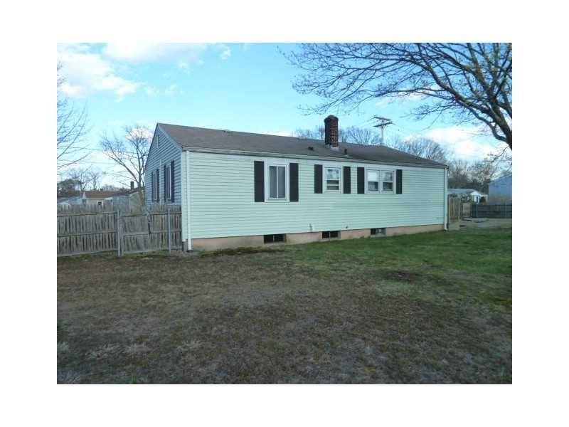 69 Potomac Rd Warwick, RI 02888