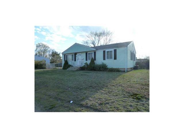69 Potomac Rd, Warwick, RI 02888