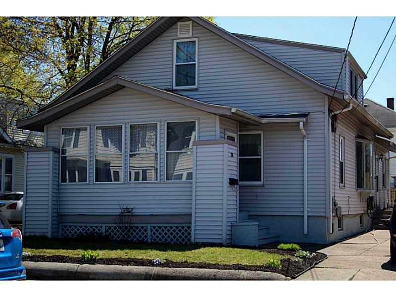 39 Whittier Rd, Pawtucket, RI