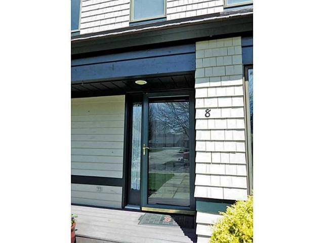 8 Meadowbrook Way #APT 8, Narragansett RI 02882