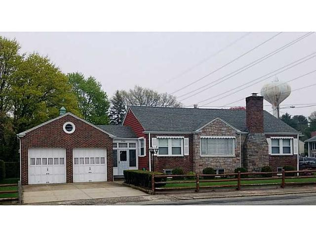 2560 Pawtucket Ave, East Providence RI 02914