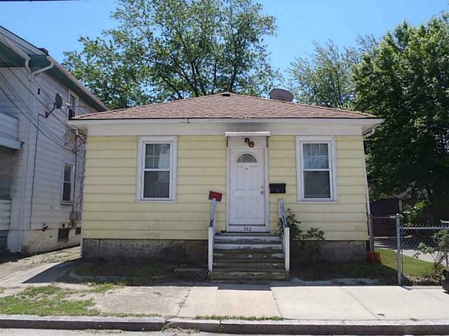 282 Bay View Ave, Providence RI 02905