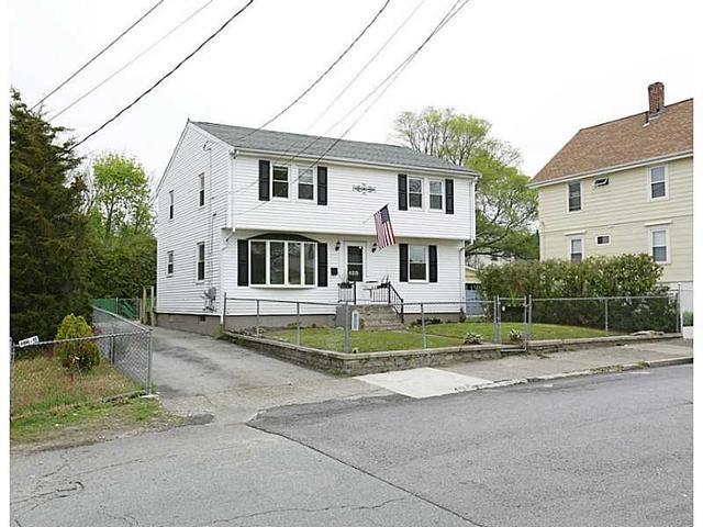 221 Francis Ave, Pawtucket, RI