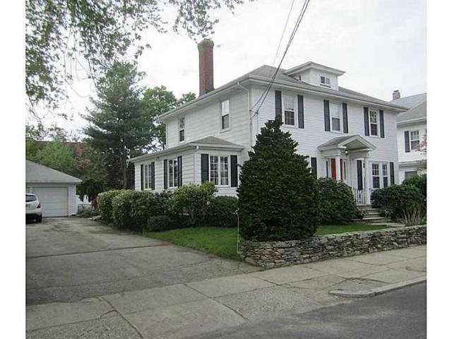 104 Amherst Ave, Pawtucket, RI