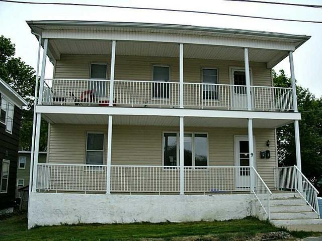 9 Louise St, Attleboro MA 02703