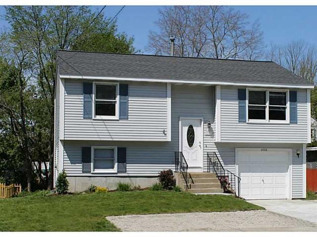 2552 Mendon Rd, Cumberland RI 02864