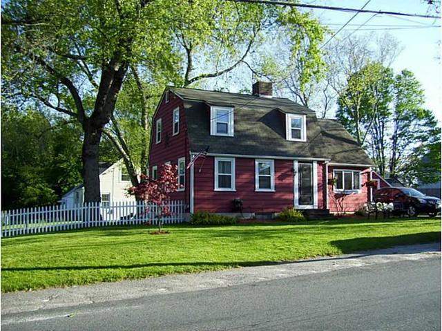 17 Highland Ave, Cumberland RI 02864