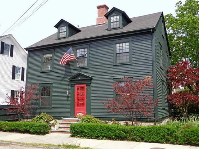 41 Washington St, Newport RI 02840