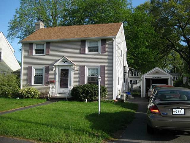 36 Silver Lake Ave, Warwick, RI