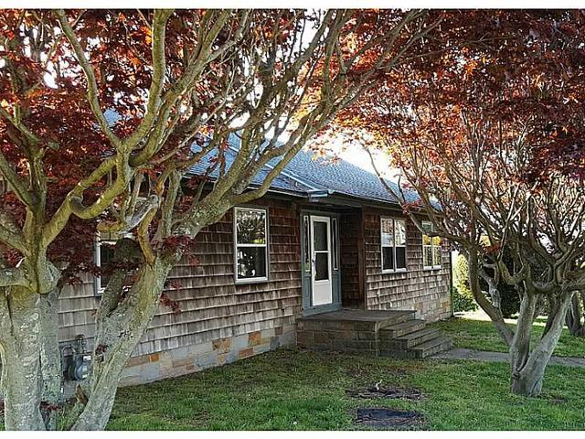 82 Tower St, Westerly RI 02891