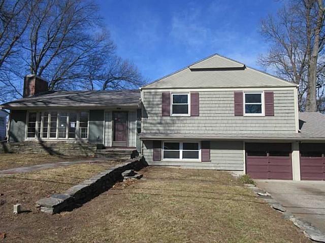 152 Sagamore Rd, Cranston RI 02920