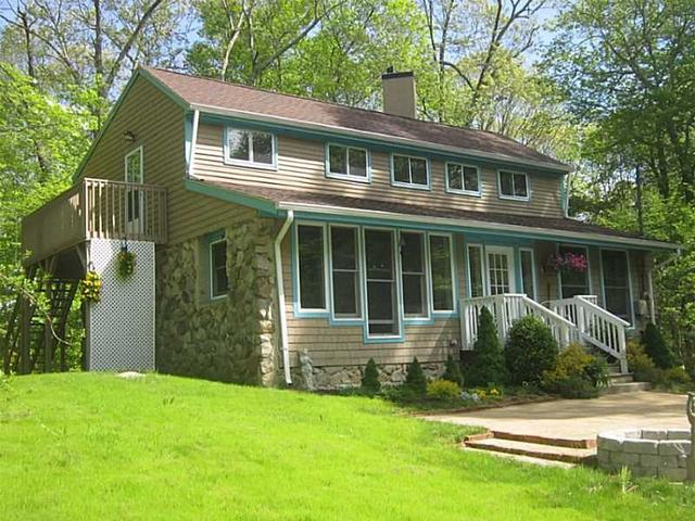 159 Lawton Foster Rd No Rd, Hope Valley, RI